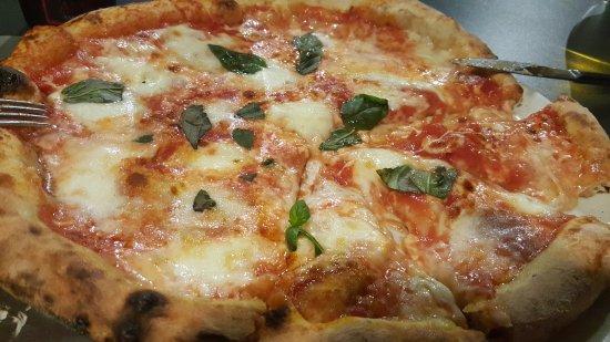 Buonconvento, Italien: Pizza