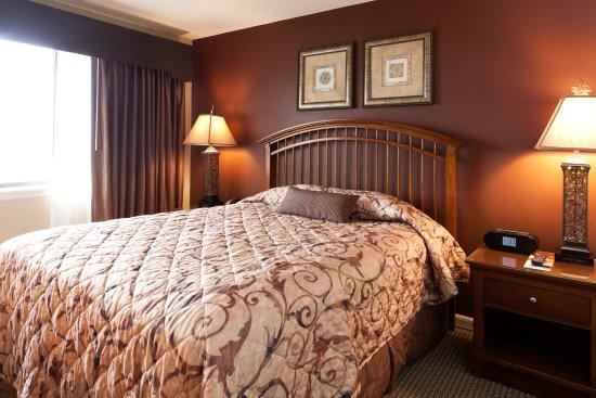 Acme, MI: 2-Bedroom Terrace Condo