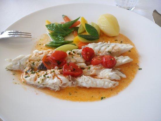 Swiss Diamond Hotel Lugano: L'acqua di pomodoro che a mio parere ha rovinato il pesce.