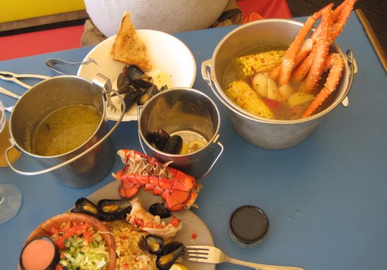 Marblehead, OH: King Crab Leg Steam Pot and Twin Petite Maine Lobster Tails