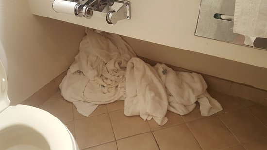 Carlisle, PA: Days of dirty laundry build-up
