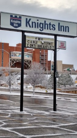 Knights Inn Downtown Albuquerque: Winter in ABQ
