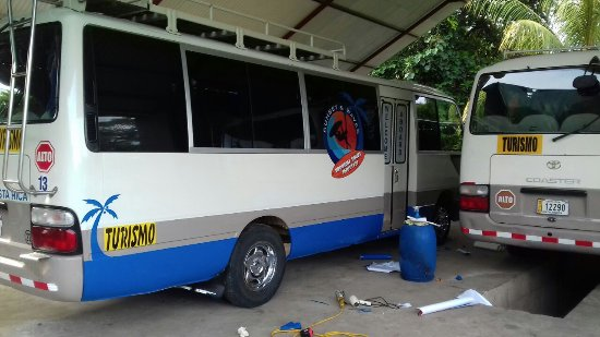 Montezuma, Costa Rica: Scheduled maintenance at Tropical Tours Shuttles