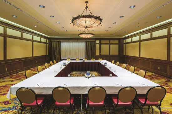 Acme, MI: Councilors Room - Meeting Space