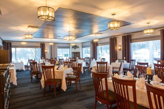 Saint-Ferdinand, Canada: Salon privé 50-70 personnes en salle à manger