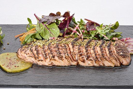 Au Jardin de la Vague : Tataki de saumon