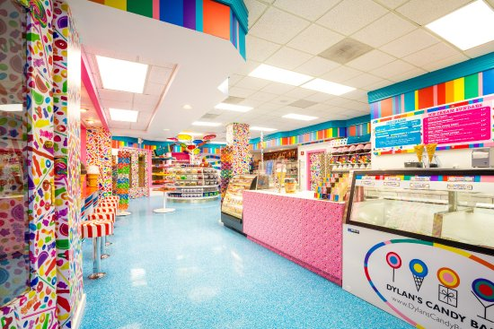 Acme, MI: Dylan's Candy Bar