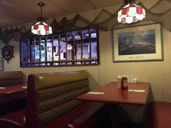Lobster Boat Restaurant: photo2.jpg