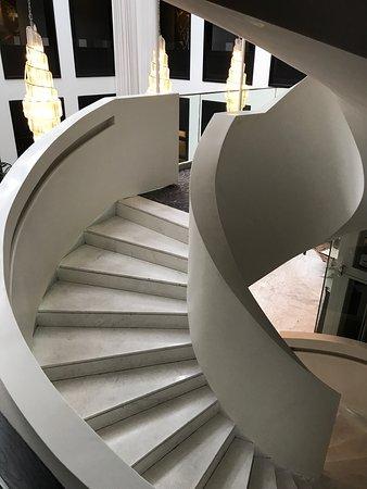 維多利亞女王酒店照片