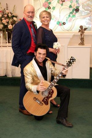 Cupids Wedding Chapel BillLindaElvis At Las Vegas