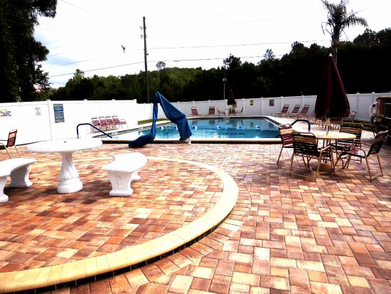 Wildwood, FL: Pool Patio