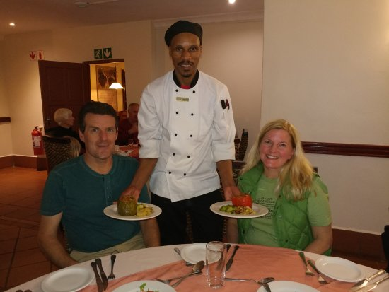 Zulu Nyala Heritage Safari Lodge: Amazing chef provided us with filling and delicious vegan meals!