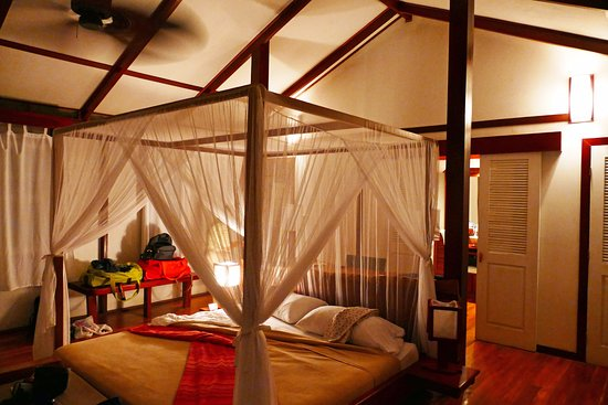Namuwoki Lodge: Inside the honeymoon suite