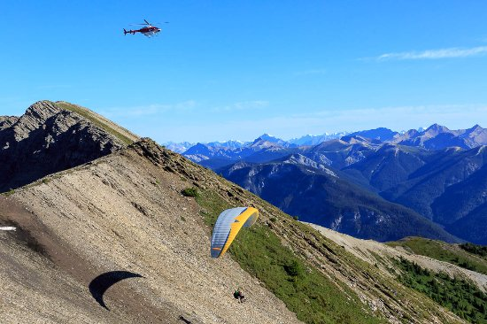 Golden, Canada: Experience Heli-paragliding