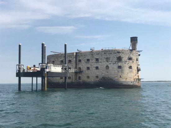 Photos port des barques images de port des barques - Hotel port des barques charente maritime ...