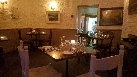 1826 Adare: The cozy atmosphere