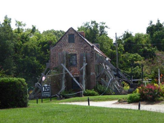 Mount Pleasant, SC: Cotton Gin Workshop