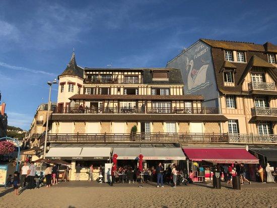 Restaurant Face Mer Trouville