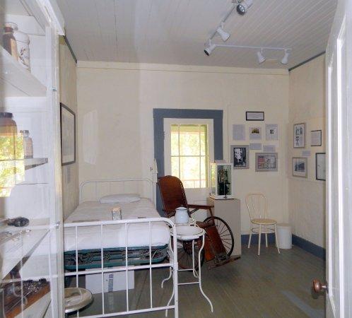 Oracle, Аризона: Tuberculosis treatment room
