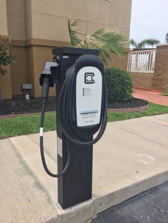 Aransas Pass, TX: Electric Car Charger