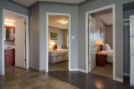Tiki Shores Inn and Suites: Three Bedroom Suite