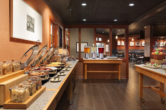 Saint Louis Park, MN: Our Breakfast Buffet open daily, includes cooked to order eggs, omelettes and pancakes.