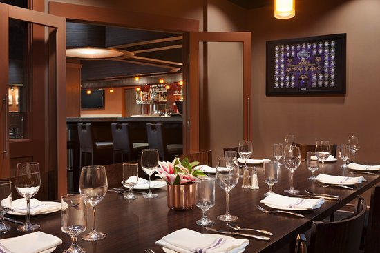 Saint Louis Park, MN: Private Dining for up to 12 guests