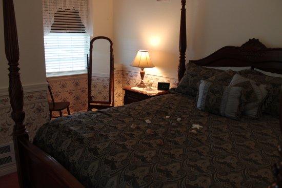 Judith Ann Inn : Ocean View Marietta Suite