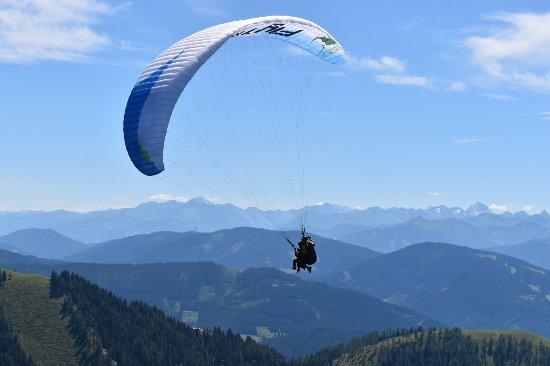 Werfenweng, Austria: FlyTandem paragliding