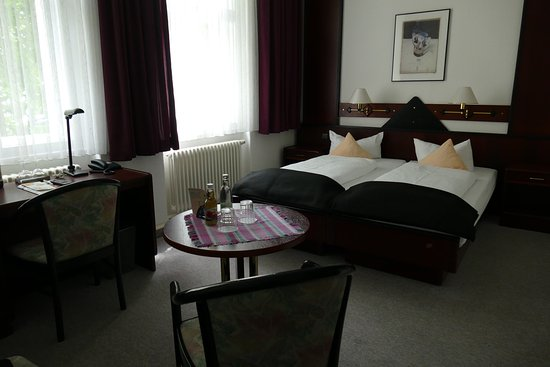 das kleine hotel weimar duitsland foto 39 s reviews en prijsvergelijking tripadvisor. Black Bedroom Furniture Sets. Home Design Ideas