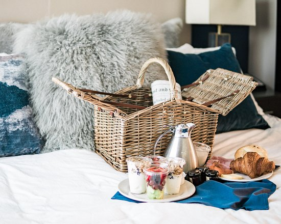 The Restoration: Complimentary breakfast delivered to your door in a picnic basket