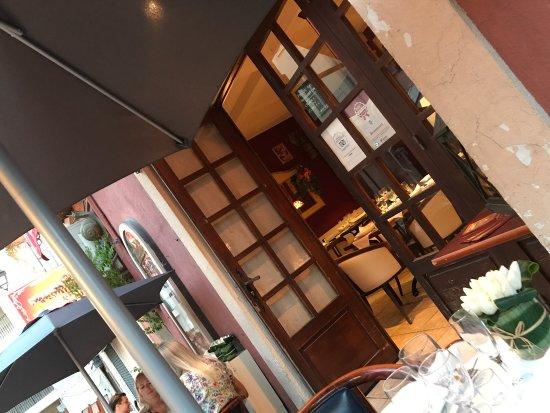 Le Salon des Independants: photo0.jpg