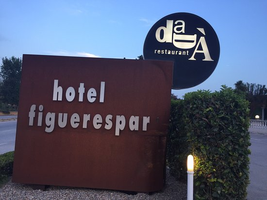 Hotel Figueres Parc : photo0.jpg