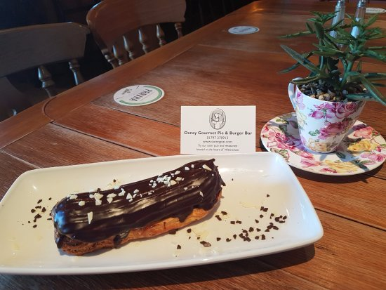 Wittersham, UK: Traditional french chocolate eclair