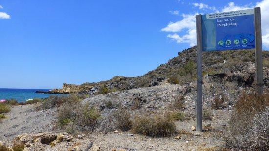 Mazarron, Spanien: Comienzo del sendero de la Loma de los Percheles