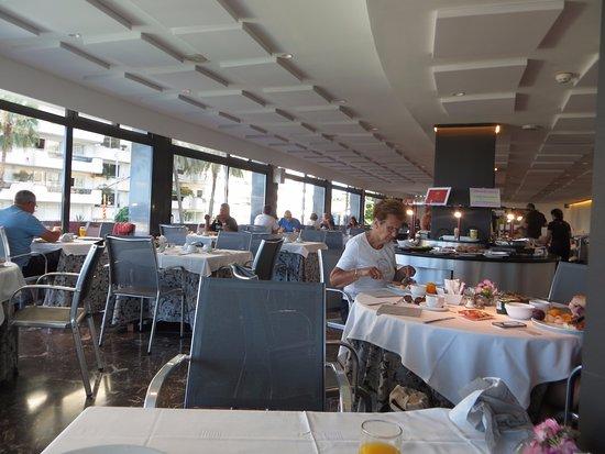هوتل كاليبوليس: Breakfast room