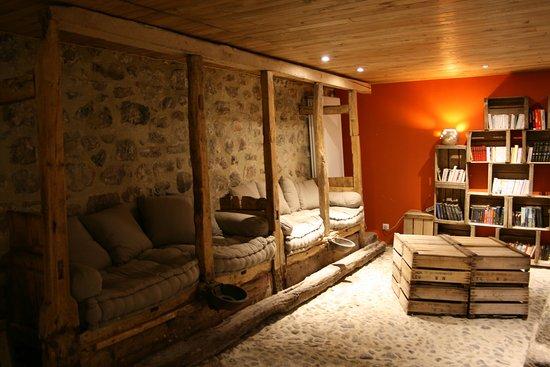 la maison de jeanne thiezac frankrijk foto 39 s reviews. Black Bedroom Furniture Sets. Home Design Ideas