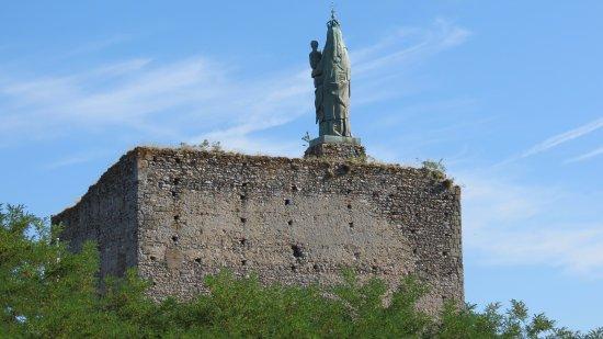 Montbazon, France: fort, vu depuis le parking