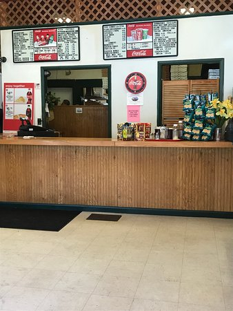 Clifton Springs, NY: Front counter.