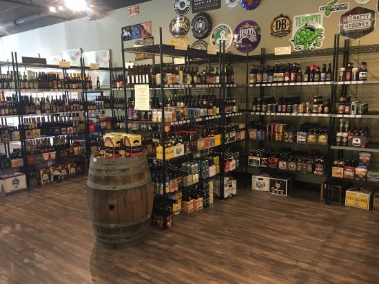 Cellar 55: Wide selection of beer