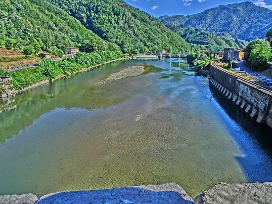 Borgo a Mozzano, Italia: vista dal ponte