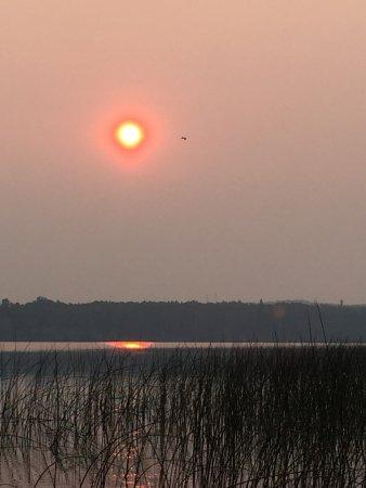 Carson-Pegasus Provincial Park: Red Sun