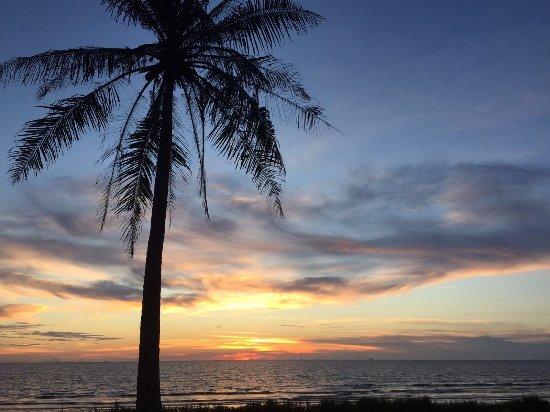 Piasau Boat Club: Sunset
