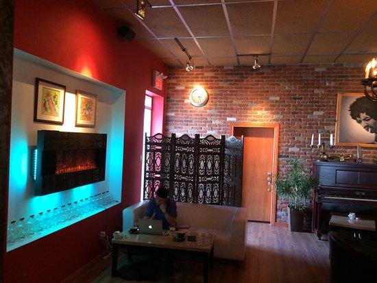 Le Moussonneur Cafe & The Lounge : photo1.jpg