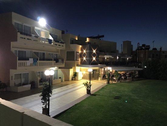 Atrion Resort Hotel : photo0.jpg