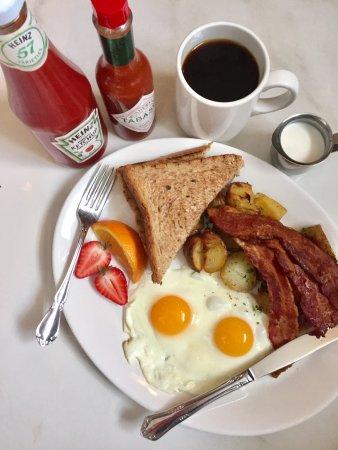 Nelson, Canadá: Breakfast Time