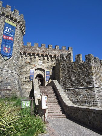 Castello di Amorosa: Great places to take pictures