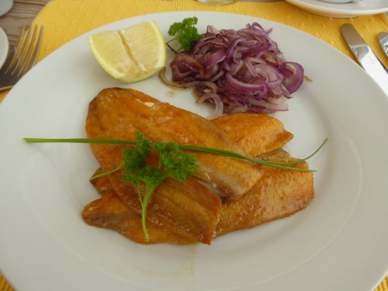 Coverack, UK: Kippers and caramelised onion