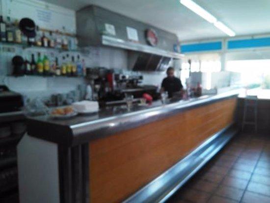 Bardalona: Interior restaurante