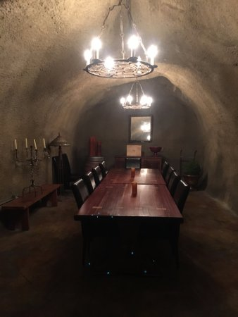 St. Helena, CA: Wine Tasting Area In The Cave